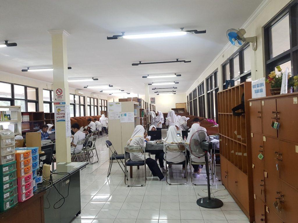 perpustakaan terpadu Prodi Keperawatan Bogor